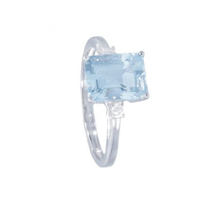 Anello con Diamanti e Acquamarina ct 2.10