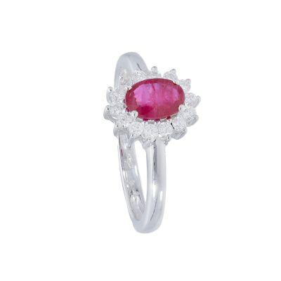 Anello con Diamanti e Rubino ct 0.58