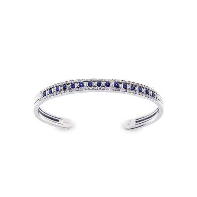 Bracciale in oro bianco con diamanti e zaffiri