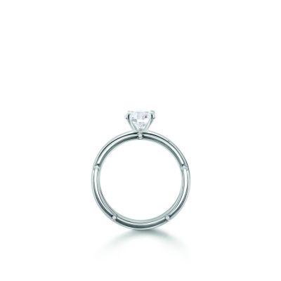 Anello di fidanzamento in oro bianco  0,21 carati, colore G, purezza VS