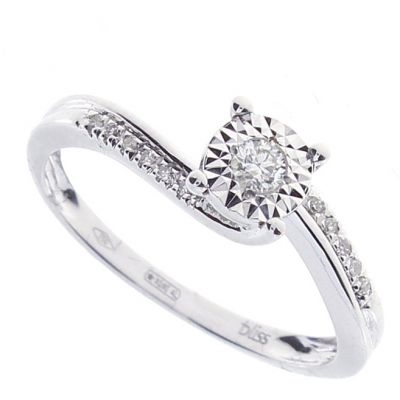 anello in oro bianco e diamanti