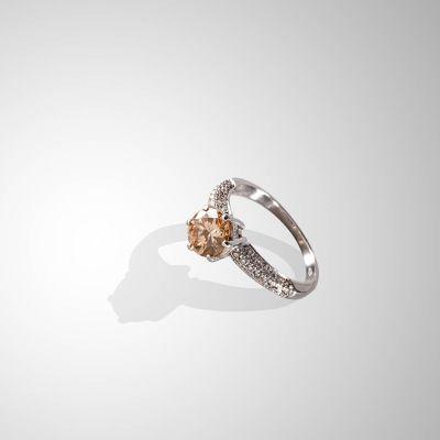 Solitario con Diamante brown ct 1,30