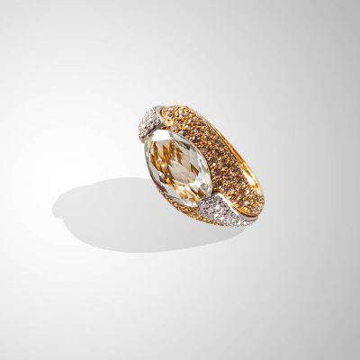 Anello con Ametista, Diamanti brown e incolore