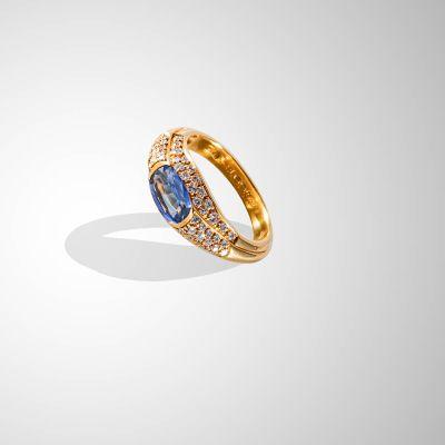 Anello con Zaffiro Blu