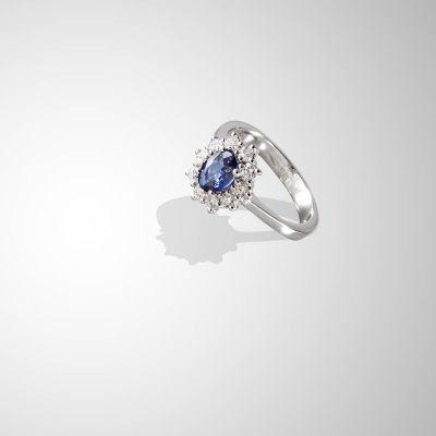 Anello zaffiri blu