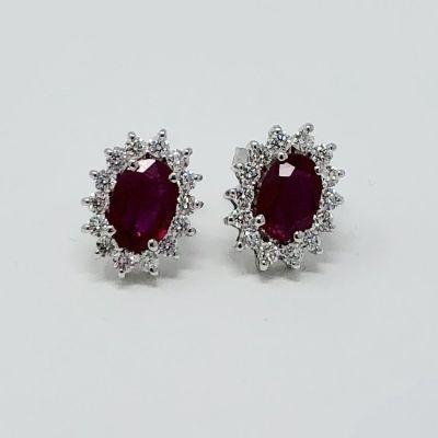 Orecchini con Diamanti e Rubini ct 1.28